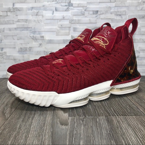 huge discount 5207d a85b2 Nike Lebron 16 King Team Red & Metallic Gold NWOT